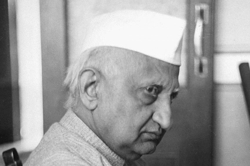 Bhulabhai desai was an INC leader and a lawyer.
